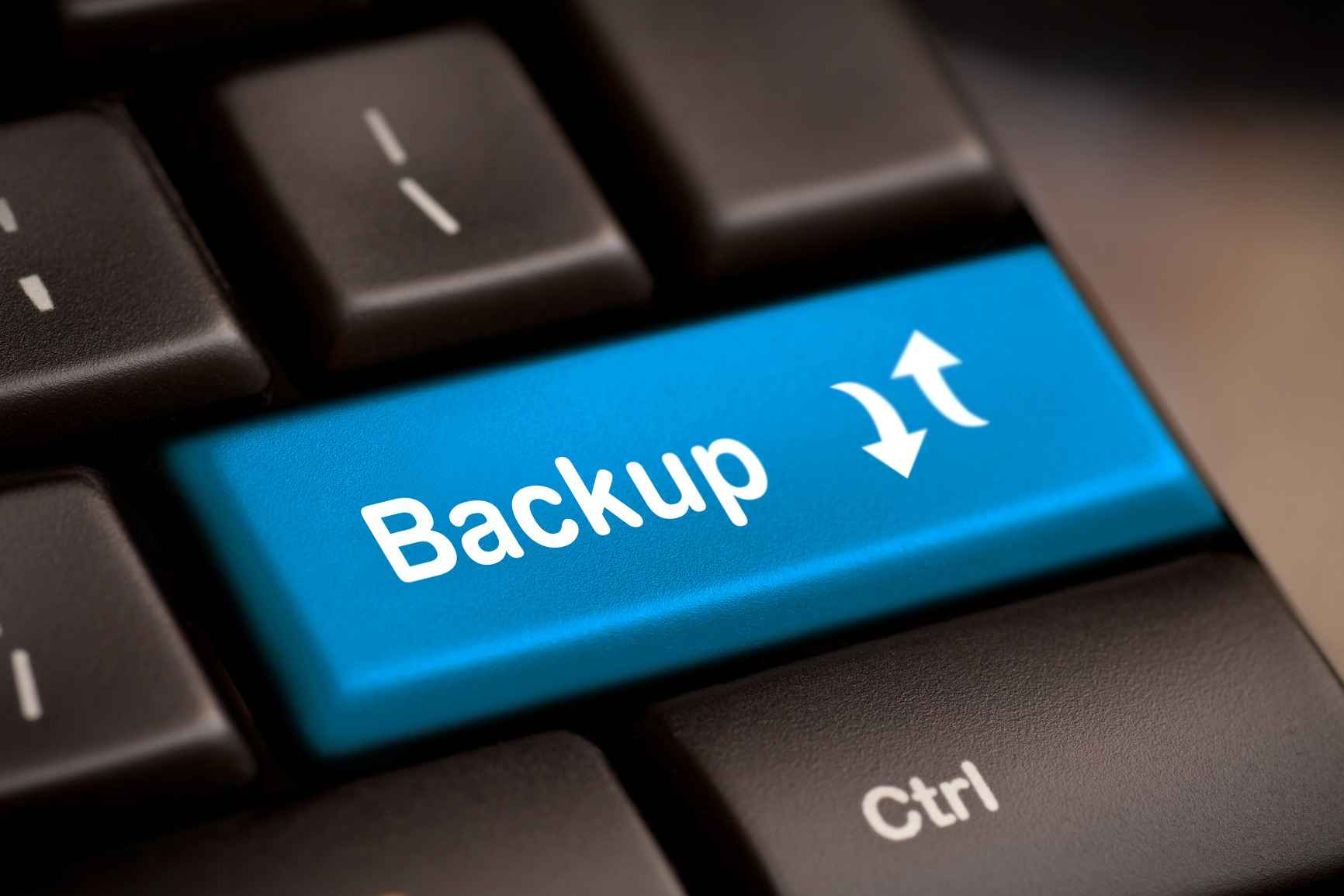 Top 4 Apps to take full backup of the iOS Device